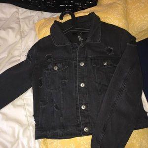 Black jean jacket 🖤